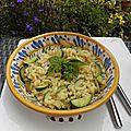 Plat complet : risotto de coquillettes aux courgettes et crottin de chèvre