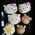 <b>Macarons</b> Hello Kitty et <b>macarons</b> oursons {100% pâte de <b>macaron</b> } { food art }