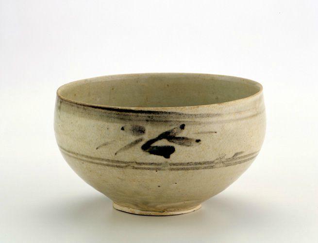 Bowl, late 13th-14th century. Trân dynasty. Vietnam