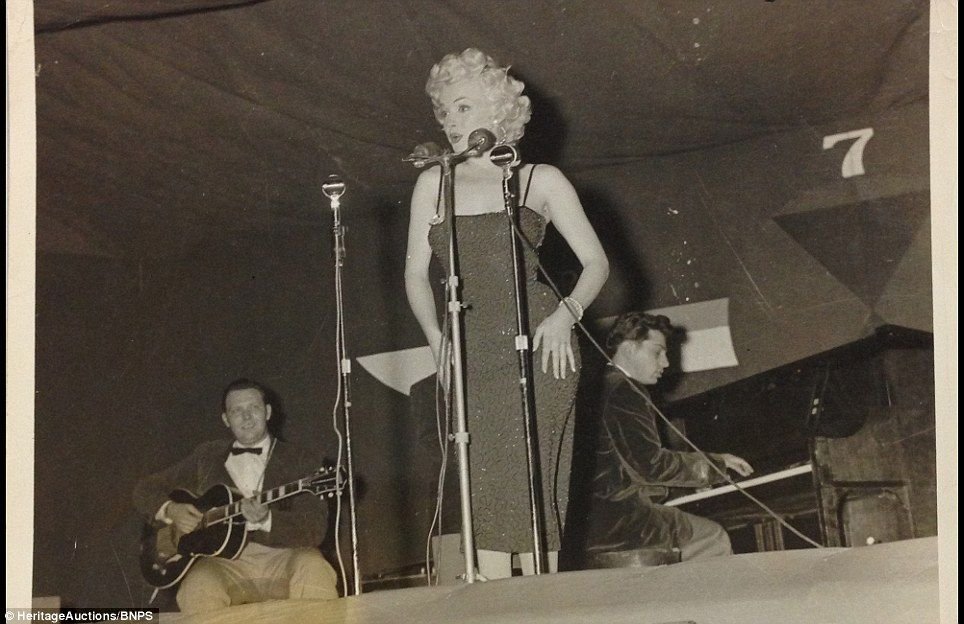 1954-02-16-5_on_7th_infantery_division-stage-032-2
