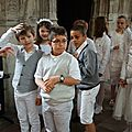 0921 - 2013 06 09 - Premières communions à Saint Jacques