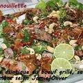 Salade asiatique au boeuf grillé, sauce gingembre selon jamie oliver