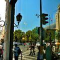 Scène de rue à Saint-Germain des Prés.