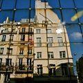 Reflet parisien.