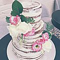 Un wedding cake sans pâte à sucre, on adore ! nakedcake by cakeconcept