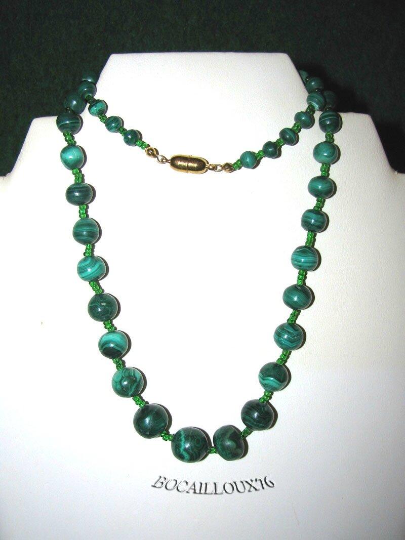 COLLIER MALACHITE 10 Perles D.6-13mm
