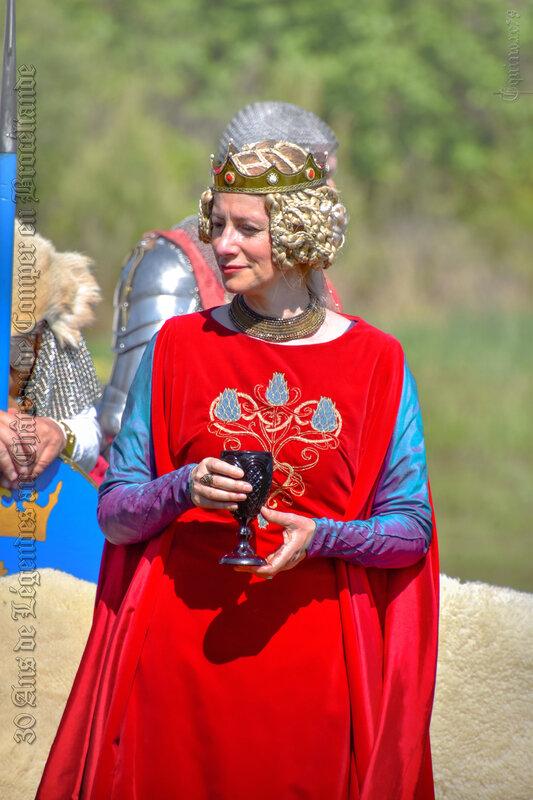 L'apparition du Graal aux chevaliers de la Table ronde Lancelot du Lac (3)