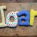 joan2,mot en tissu,mot decoratif,cadeau de naissance,decoration chambre d'enfant,cadeau personnalise,cadeau original,poc a poc blog