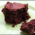 Mettre de soi dans sa cuisine - brownie aux noisettes caramélisées à la fleur de sel