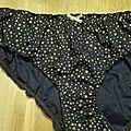 Culotte CHARLOTTE en coton marine à étoiles or - noeud or - taille L (1)