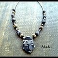 Collier masque africain