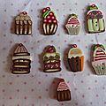 Petite collection de gâteaux, maisons et nichoirs
