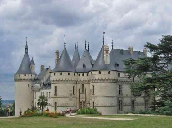 Seckasysteme-Château de Chaumont-Style féodal avec apport de la Renaissan_rs