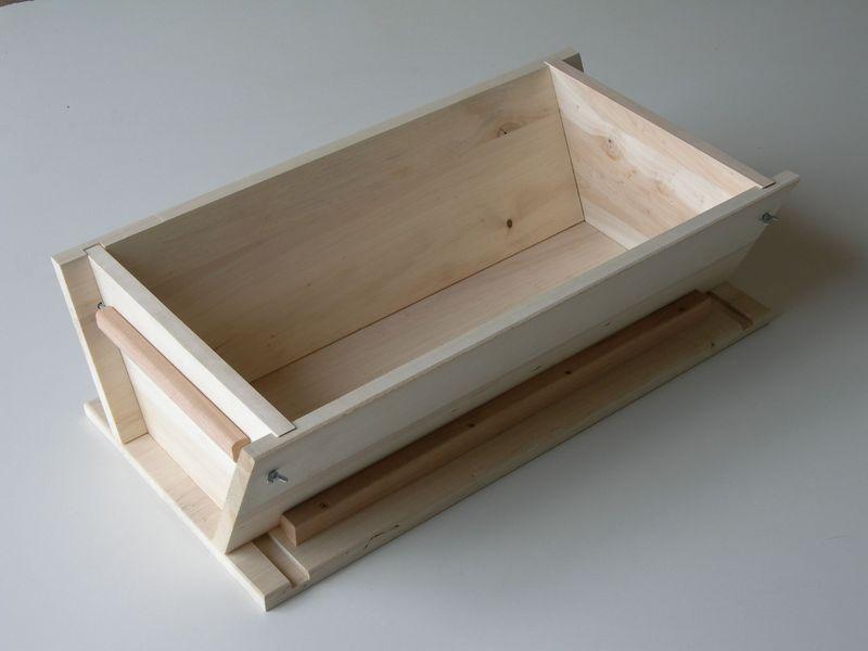 sources plans d 39 un p trin en bois sans vis ni clous. Black Bedroom Furniture Sets. Home Design Ideas