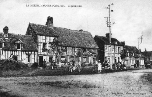 Caparmesnil - le bourg