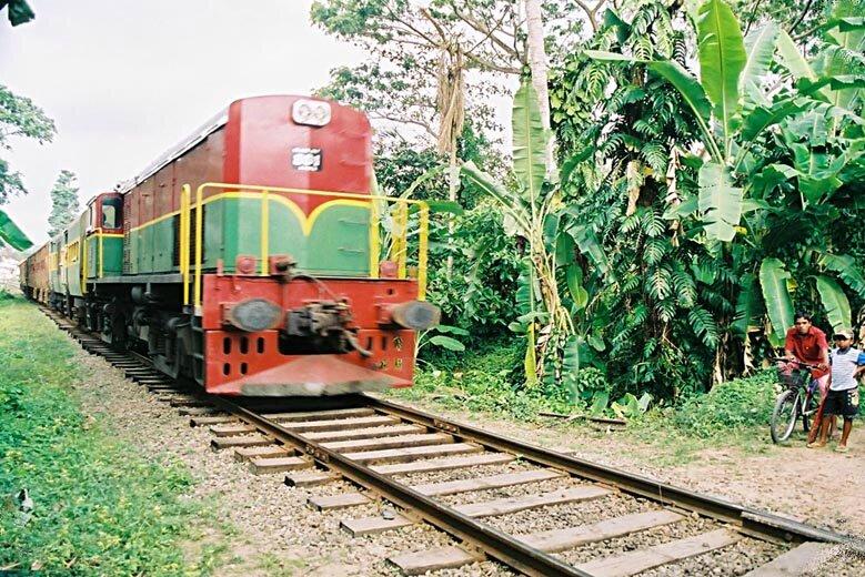 e_img022_train
