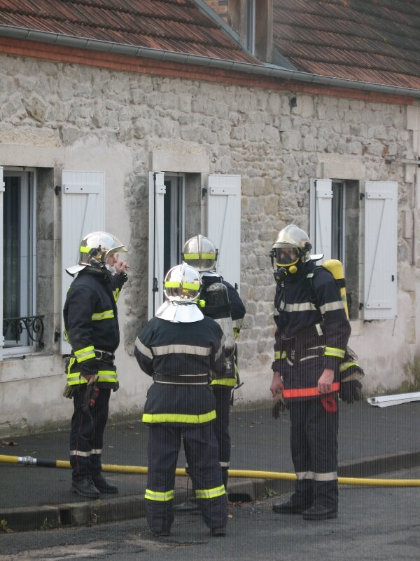 Incendie 21.11.2010 Commentry