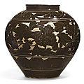A large '<b>Cizhou</b>' <b>sgraffiato</b> 'peony' vase, Song-Jin dynasty (960-1234)
