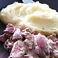 Foies de volaille et écrasé de pommes de terre