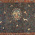 Exceptionnelle tapisserie Millefleurs ornée de trois blasons en laine et soie, Bruges, époque <b>début</b> du <b>XVIe</b> <b>siècle</b>