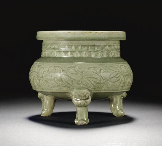 A rare and large 'Yaozhou' tripod censer, Northern Song dynasty (960-1127)