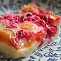 Dessert d'été : clafoutis aux abricots et aux groseilles
