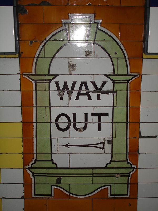 London Underground : céramique Way Out