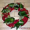 Couronne plate masse Pittosporum, Aspidistra & Rose