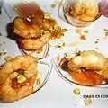 cuillères cocktail de gambas + suprêmes de mandarines, aux éclats de pistaches