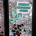 Marque Page Crackle Paint et Pigments <b>Brusho</b>