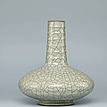 AGe-type glazed 'Chrysanthemum' vase, Yongzheng six-character seal mark in underglaze blue and of the period (1723-1735)
