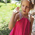 La robe rose et la coccinelle