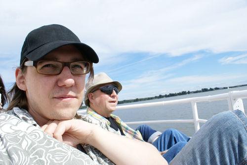 Cyril & Yvon sont sur un bateau...