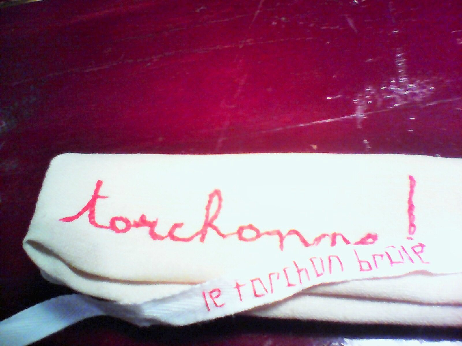 On torchonne ...