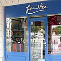 Jean-Vier La Rochelle Charente-Maritime <b>linge</b> de <b>maison</b> décoration
