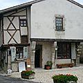Une des plus anciennes maisons de Charroux