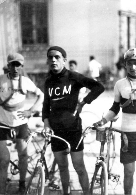 1925 B Pas Dunlop Casa Merle Claude
