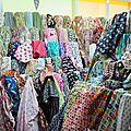 Phahurath Market - le grand bazar de <b>tissus</b> !!