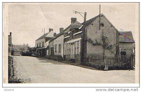 entrée du bourg près de la route de Neuilly le Bisson