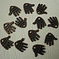 Hand made bronze 1,3cm 2€