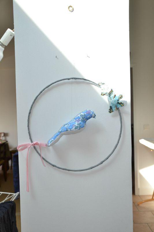 mobile oiseau betsy bleu