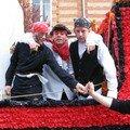 avril 05 le char des jeunes sapeurs pompiers pour le carnaval