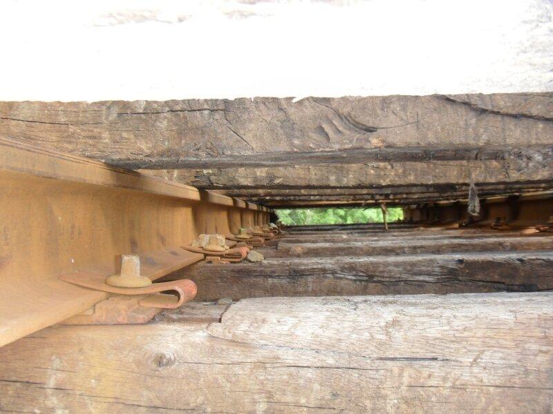 Anciennes voies déposées aux Huttes