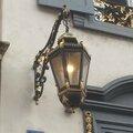 Lanterne en fer forgé rehaussé d'or