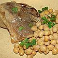 Cuisse de canard confite, cumin et coriandre aux pois chiches