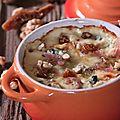 Gratin de ravioles au saint agur - noix et figues sechees