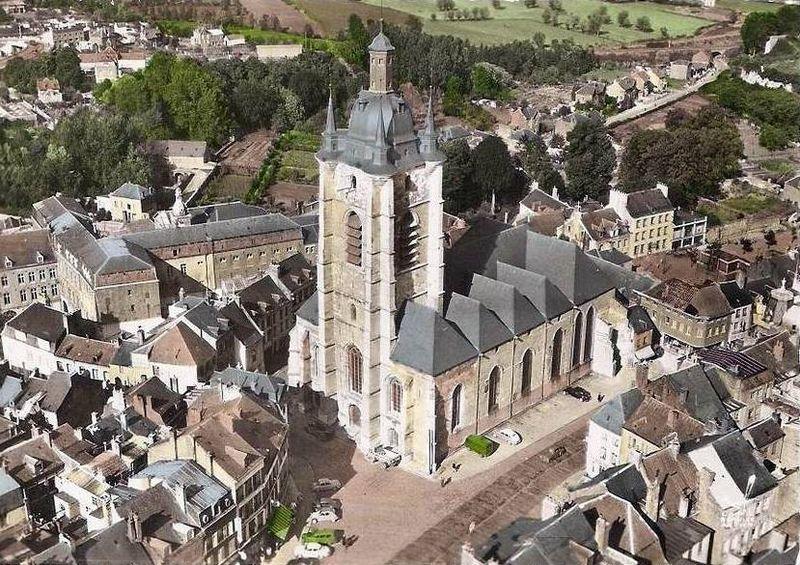 Avesnes - L'Église, Vue Aérienne