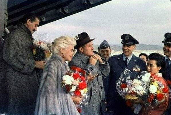 jayne-1957-USO_tour-japan-with_bob_hope-1