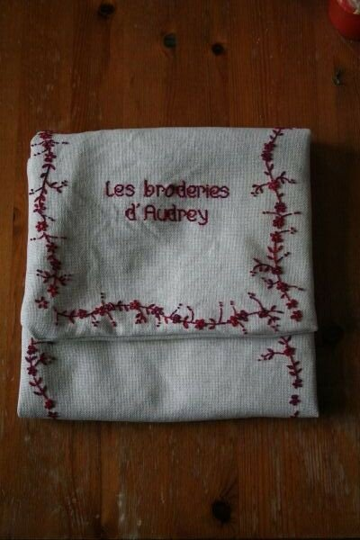 Trousse brodeuse