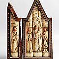 Retable domestique en forme de <b>triptyque</b>. Atelier des Ambriachi, Florence ou Venise. Vers 1400